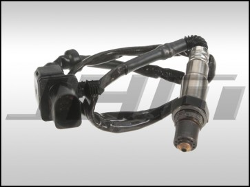 Oxygen Sensor, O2, Bank 1, Cylinders 1-3 for S6 (Early 06-07) V10 and Driver or Passenger Side for B8-S5 w/ 4.2L V8 FSI,